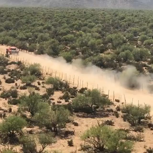 My dad running through Mikes RD in the Baja 400...
