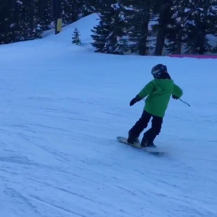 Snowboarding at mammoth  @mikerebello @robngordon @robbygordon @sarahwolterman @...